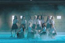 K-Pop Girl Group Loona Releases First Single as Full Act: Watch 'favOriTe' Music Video