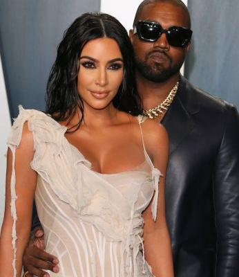 Khloé Kardashian's 2020 Valentine's Day Gifts For Kim Had A Funny Kanye Connection