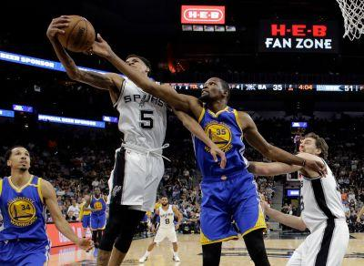 Curry's 36 points leads Warriors to sweep Spurs, 129-115