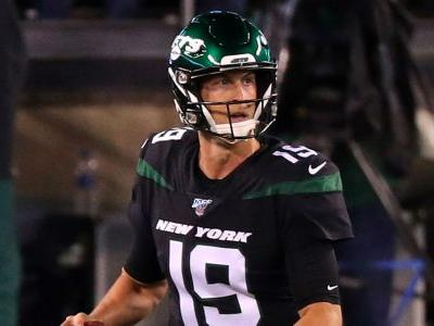 Trevor Siemian injury update: Jets quarterback exits game vs. Browns with apparent leg injury