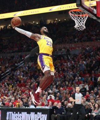 Name of game for LeBron James, Lakers is patience