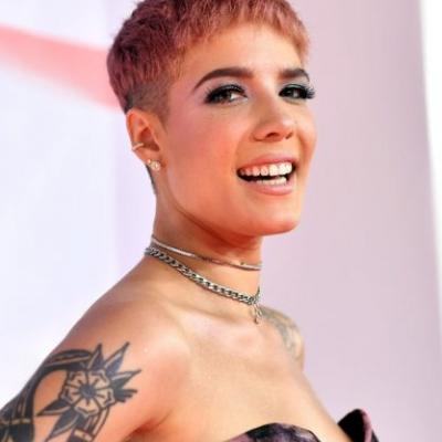 Halsey Is Launching A Beauty Brand - & It's Even Cooler Than You'd Expect