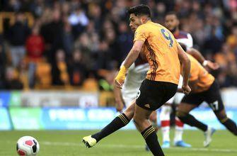 Wolves held to 1-1 draw by Southampton in EPL