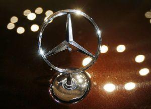 Daimler to recall 3 million vehicles to ease diesel doubts
