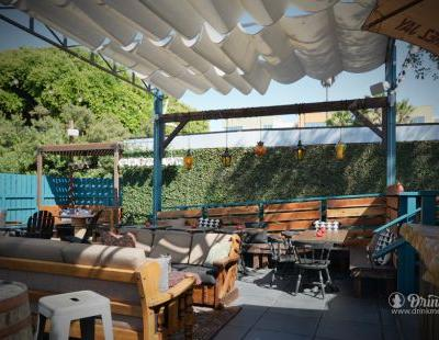 The Backyard At Chez Jay Might Be L.A.'s Most Relaxing Space
