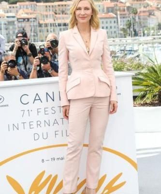 3 Ways To Wear a Suit on the French RivieraWe're taking