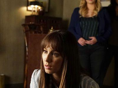 Every Terrible Thing Is Happening To Spencer In The Pretty Little Liars Finale