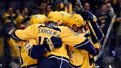 Bruins lose Rask in narrow loss to Predators
