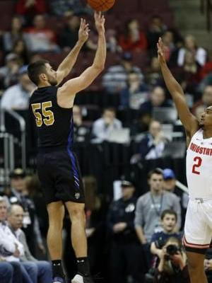 Second-half burst helps Buckeyes rout Purdue Fort Wayne