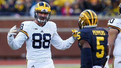 Michigan's Jake Butt injured, forced out of Orange Bowl vs. Florida State