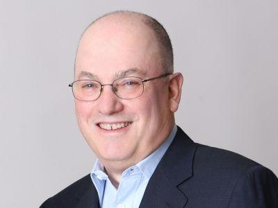 Billionaire Steve Cohen hired 2 investors from the CIA's secretive VC fund for a new Palo Alto office