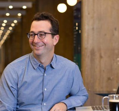 The cofounder of Warby Parker says being raised by a single mom taught him 5 lessons about business - and totally changed his perception of what a workday looks like