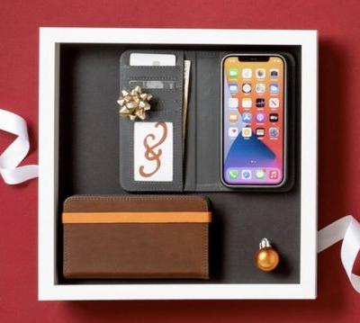 Class up your Apple device with a Black Friday deal at Pad & Quill