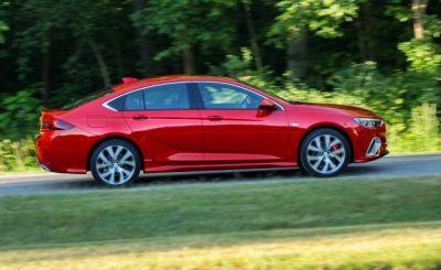 Gorgeous Sport: 310-HP Buick Regal GS Revealed!