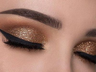 Our Favorite Glitter Eye Makeup Looks+Tutorials