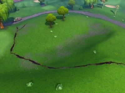 Cracks have started appearing on the Fortnite map ahead of Season 8
