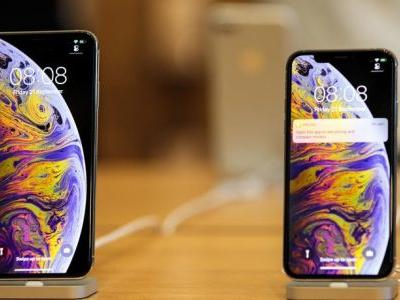 Apple Facing Lawsuit For Allegedly Hiding iPhone XS Notch And Lying About Screen Specs