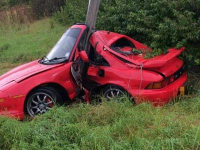 Someone Survived This Horrific Toyota MR2 Crash