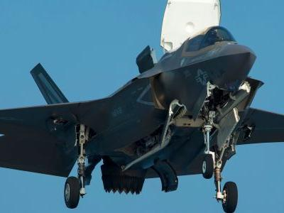 F-22s join stealth fighter training ahead of the Marine Corps's F-35B combat debut