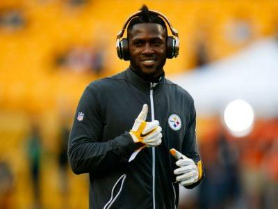 Antonio Brown injury update: Steelers WR clowns reporter about 'limp'