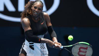 Australian Open 2017: Serena Williams endures first tough test to advance