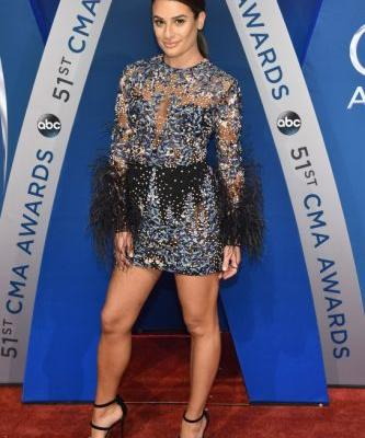 All the Best Looks From the 2017 Country Music Awards Red Carpet