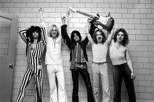 Aerosmith, Queen & CHVRCHES Charge Onto Hot Rock Songs Chart