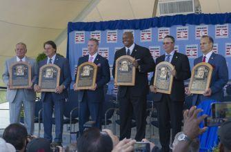 The Many Rhodes To The Hall of Fame For The Mariners Former Reliever