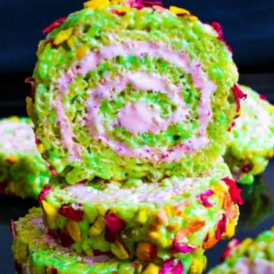 Rice krispie roll rose & pistachios