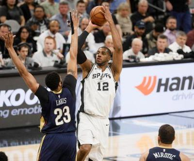 Spurs top Pelicans to move back into playoff spot