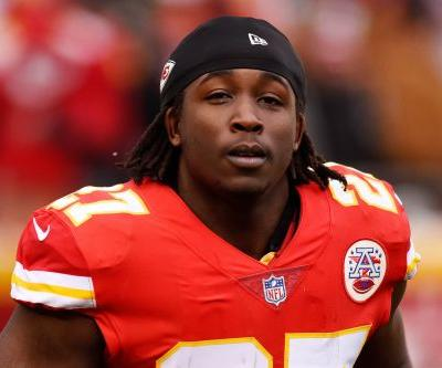 Kareem Hunt is getting help as first step back toward NFL