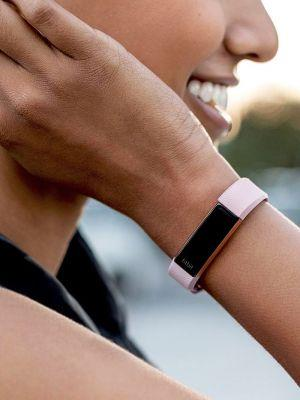 5 Wearable Heart Rate Monitors to Help You With Your Fitness Goals