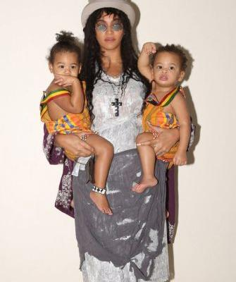 Beyoncé Reveals Never-Before-Seen Halloween Photo With Twins Sir and Rumi