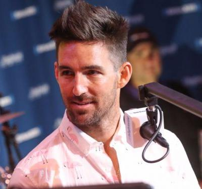 Country singer Jake Owen shares harrowing firsthand account of the Las Vegas shooting: 'It was like a bad movie'