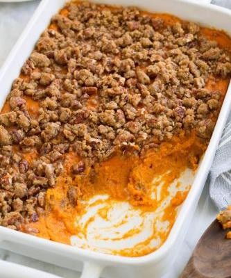 Sweet Potato Casserole with Cinnamon Pecan Topping