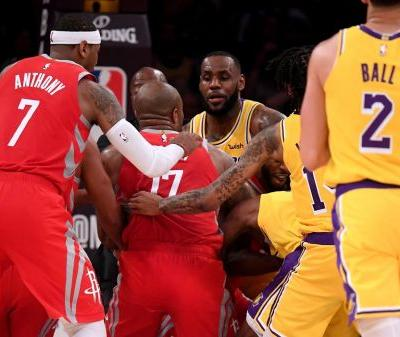 Post Up: Lakers-Rockets Fight Erupts at Staples Center 🍿