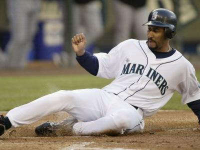 The crossover: 3 MLB players who experienced March Madness glory