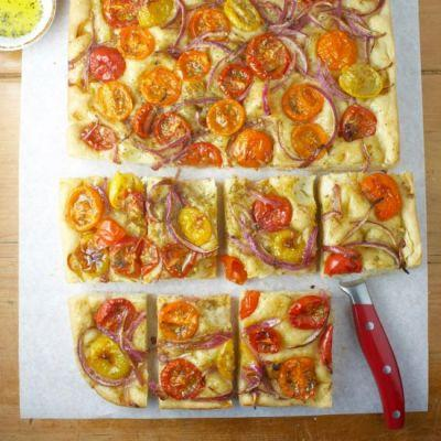 Greek Flatbread with Tomatoes