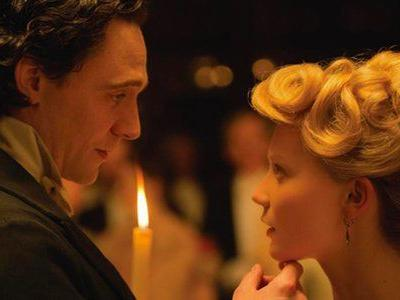 "11 Gothic Romances That Redefine ""Valentine's Day Movie"""