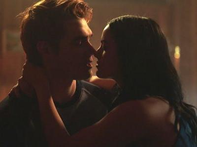 Riverdale: 10 Things Wrong With Veronica We All Choose To Ignore
