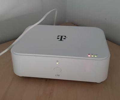 T-Mobile Home Internet customer shares setup details and photos of router