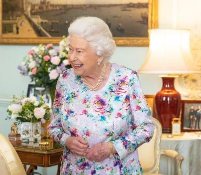 Here's How To Apply To The Queen's Chef Job Opening If You Want To Live With The Royals