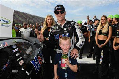 Kevin Harvick wins his second race of the season