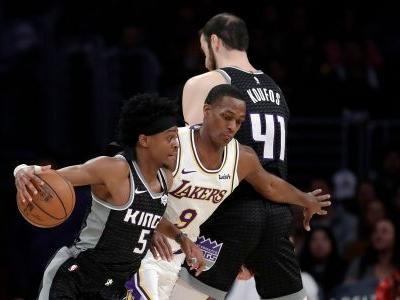Lakers ride Kuzma's hot 3rd to beat Kings 111-106