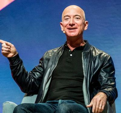Jeff Bezos shared his strategy for crafting the perfect memo - and he said they should take days to write