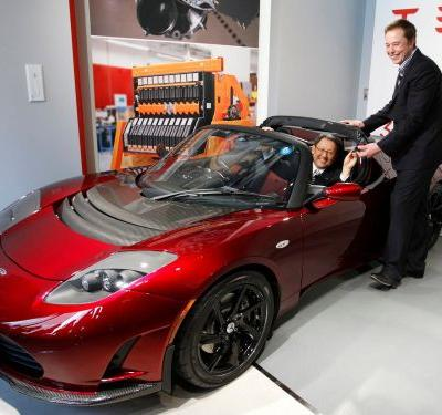 Elon Musk says the Tesla 2020 Roadster 'maybe won't need a key at all'