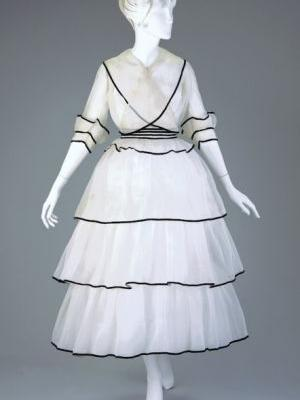 Fashionsfromhistory: Afternoon Dress Estelle T