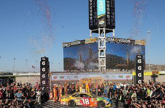 Kyle Busch sets up showdown with Harvick for the title