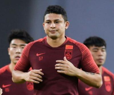 Elkeson double on debut as China thrash Maldives