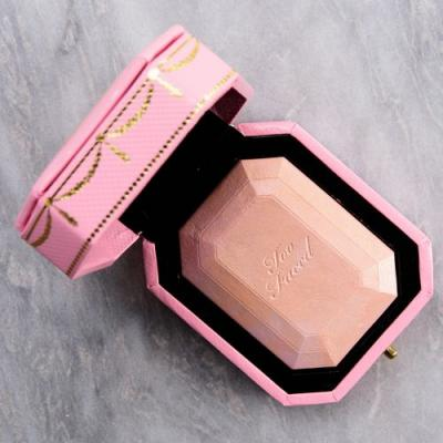 Too Faced Fancy Pink Diamond Diamond Light Multi-Use Highlighter Review & Swatches